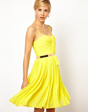On the Hunt–WOW Yellow Dresses!
