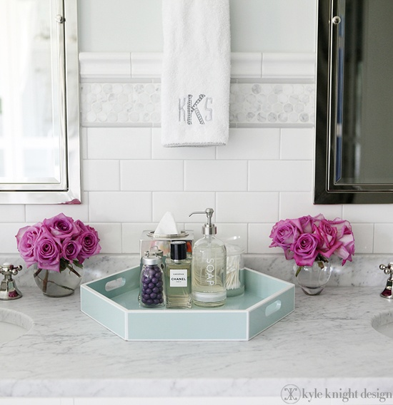 Trick out Your Bathroom With A Tray