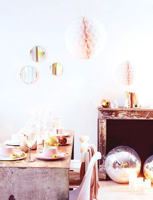 pastel holiday decor / elle decor