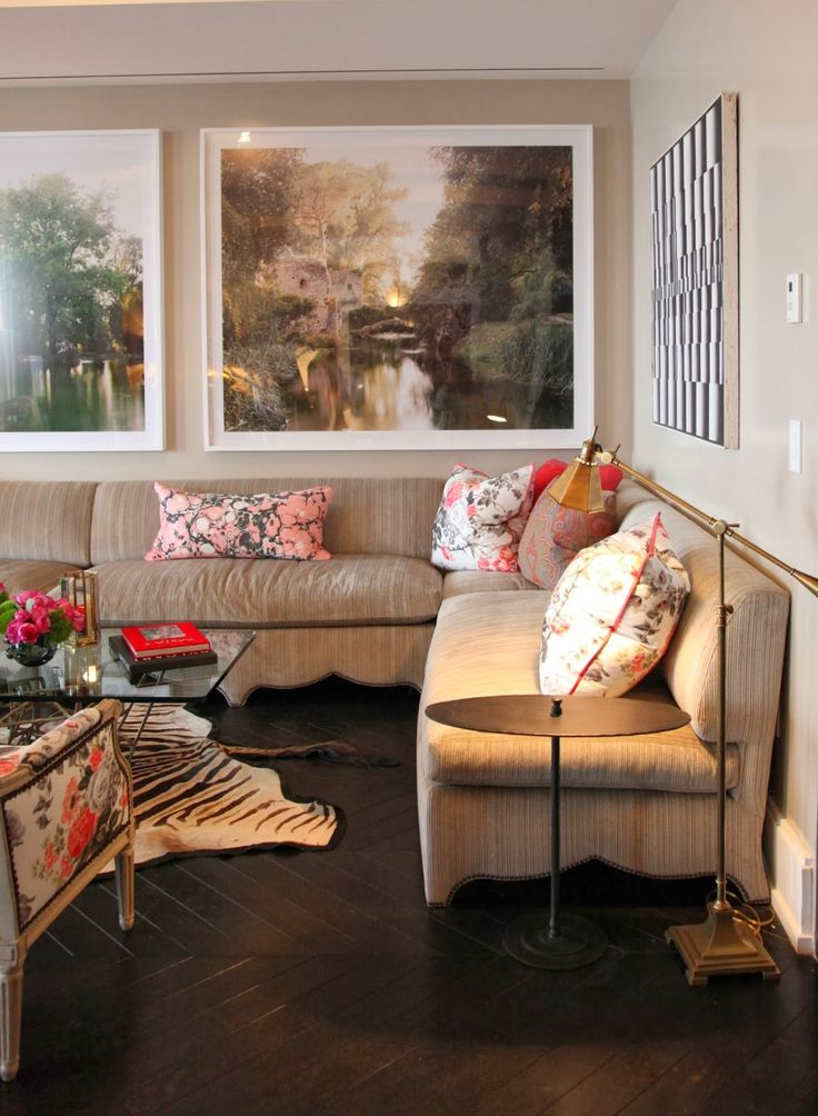 Room of the Day ~ scalloped banquette, art, animal print - Alessandra Branca ~ Hearst Designer Visions Showhouse 10.19.2013