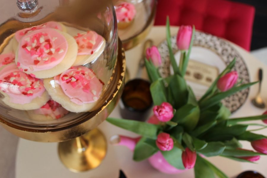 New Monthly Blogger Collaboration/Valentine's Day Tablescape Photoshoot