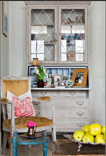 Vintage Chic–A Great Storage Solution