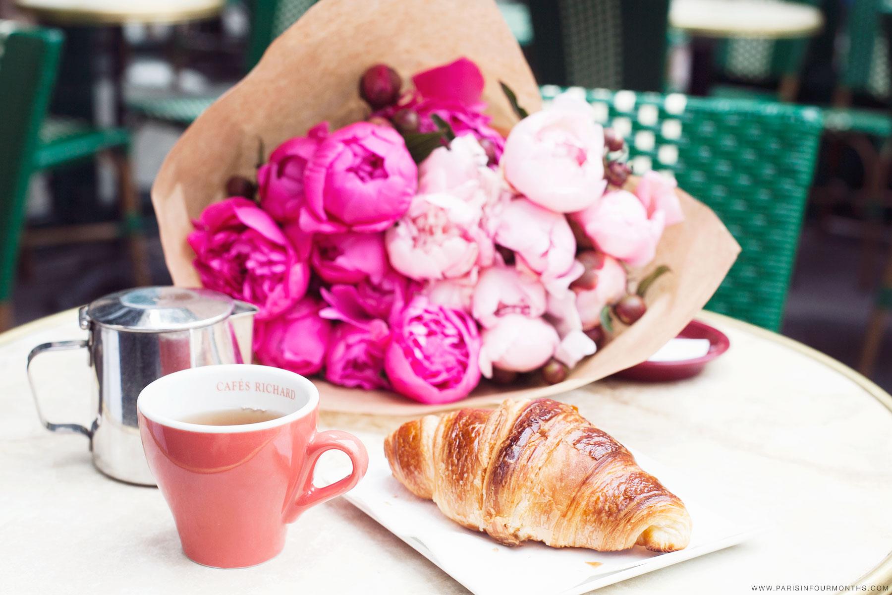 Parisian breakfast by Carin Olsson (Paris in Four Months)