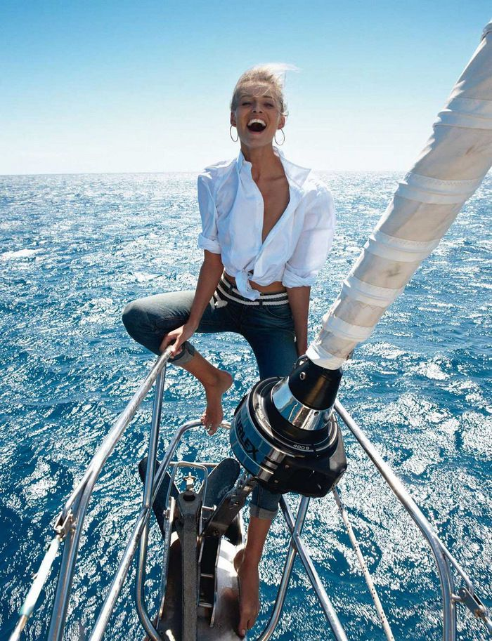 Vogue Paris May 2013 - Edita Vilkeviciute by Gilles Bensimon 9