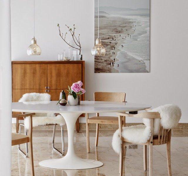 Lust List: An Oval Tulip Table