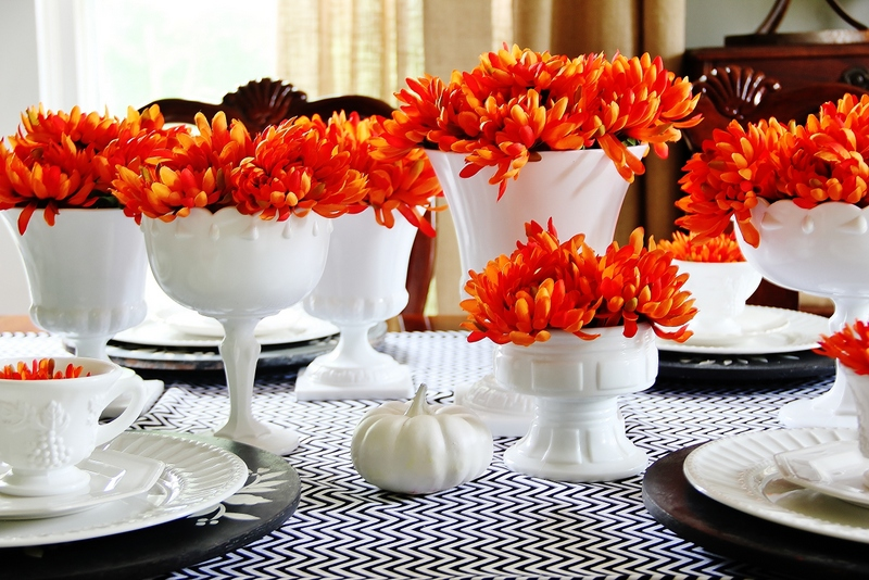 5 Beautiful and Simple Fall Table Settings You Can Easily Immulate