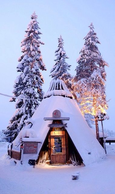 COULD TOTALLY HAVE THIS AS THE GUEST HOUSE AT THE LAKE !!! Finland.. (by Gary2012haha on Flickr):