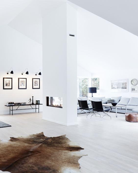 Deense loft. Danish loft. Voor meer interieur inspiratie kijk ook eens op http://www.wonenonline.nl/: