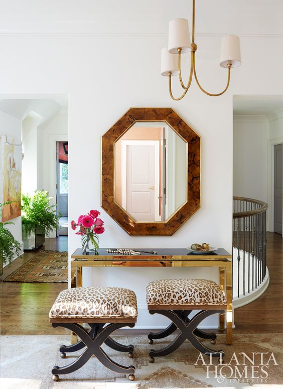 The vestibule of designer Shayelyn Woodberys Moroccan-inspired home features a…: