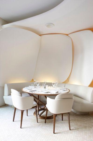 | P | Mandarin Oriental Paris:
