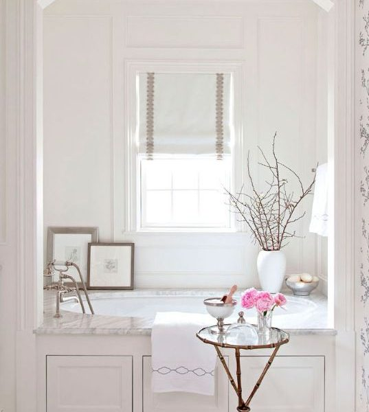Get the Look: Glam Bathroom