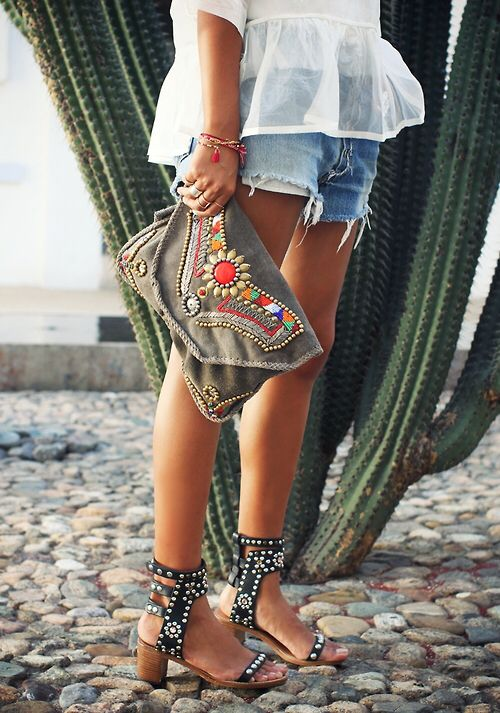 bag, beach, beautiful, blue, bohem, bohemian, boho, bracalet, fashion, girl, girls, girly, hippe, hippi, hippie, legs, necklace, photo shoot, photography, rings, sandal, shoes, short, style, vintage, bag style: