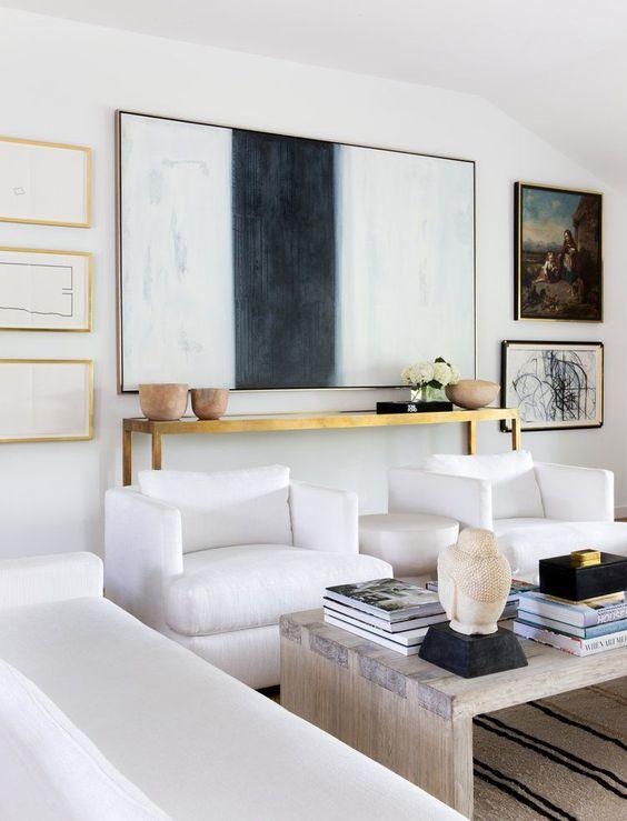 Living Room. Laura C. Singleton Interiors. www.lcsingleton.com: