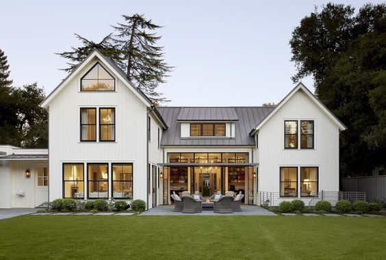 Modern Farmhouse Exterior Design Ideas 56